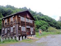 ヌプン小屋1