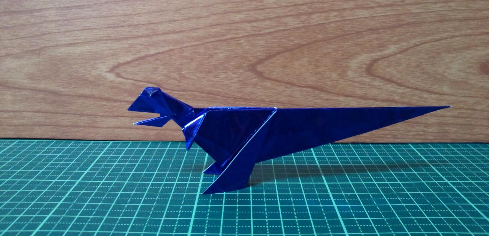 Carnotaurus_.jpg
