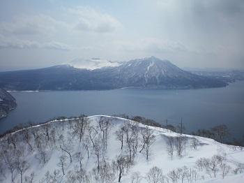 支笏湖と樽前山