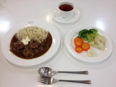 ビーフストロガノフ&温野菜
