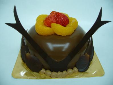 チョコレートの兜ケーキ