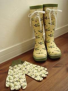 ガーデンブーツとグローブ♪