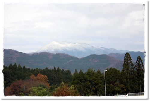 2012・12・2・初冠雪