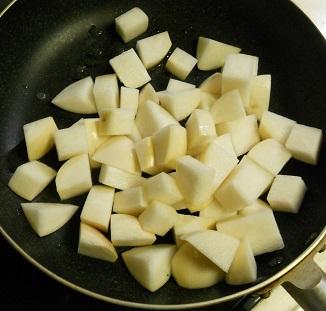 蕪と鶏肉のピリ辛チャーハン1