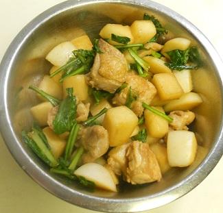 蕪と鶏肉のピリ辛チャーハン6