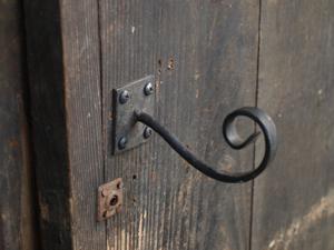 5鶏小屋ドア