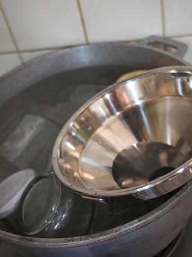 瓶を煮沸消毒