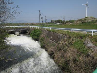 IMG_4854 10 用水からの放流