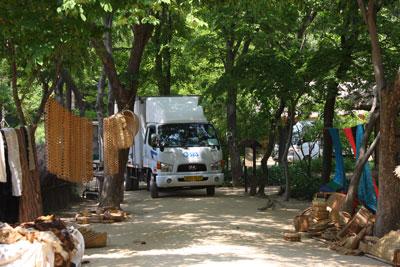 機材トラック