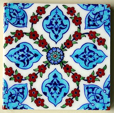 小花とアラベスク(ホワイト)