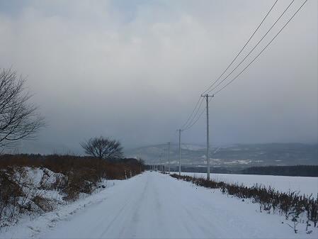 上坊牧野の道01(2012.12.21)