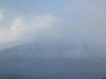 上坊牧野の岩手山02(2012.12.21)