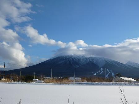 ビジターセンターからの岩手山02(2013.1.5)