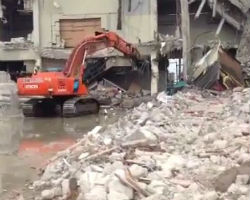 Amazing Excavator Skill in Demolition
