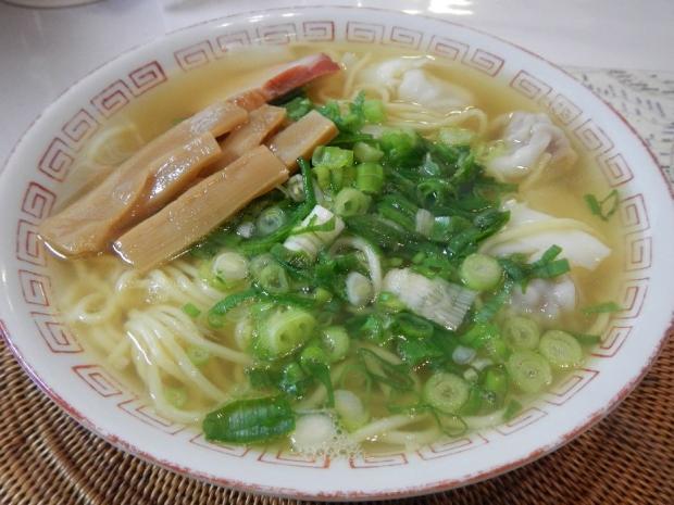 八雲ワンタンメン (2)
