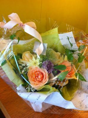 足立さつきさんへのお花