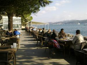 dolmabahce cafe