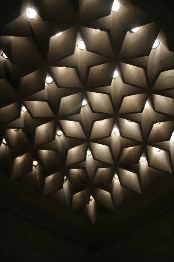 dolmabahçe haremlik hamamı tavan