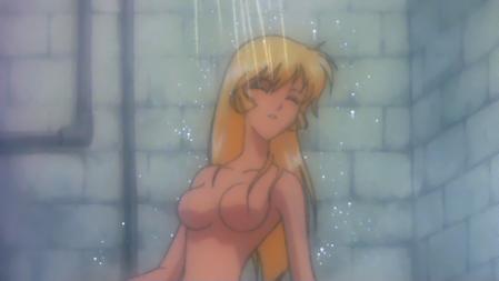 キューティーハニーF劇場版 如月ハニーの胸裸シャワーシーン1