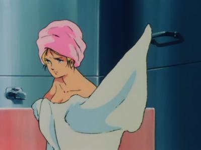 ガンダム劇場版 セイラ 胸裸入浴シーン