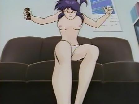 毎日が日曜日 舞島サラサの胸裸パンツ乳首1
