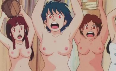 銭湯客の女性客(24話) 胸裸