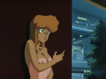ライディングビーン 人質女性の胸裸乳首14