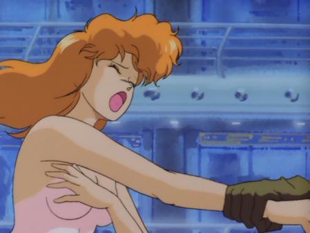 ライディング・ビーン 人質女性の胸裸2