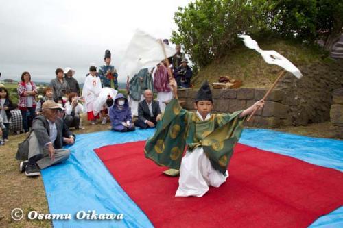 夷王山神社 神楽舞 番楽