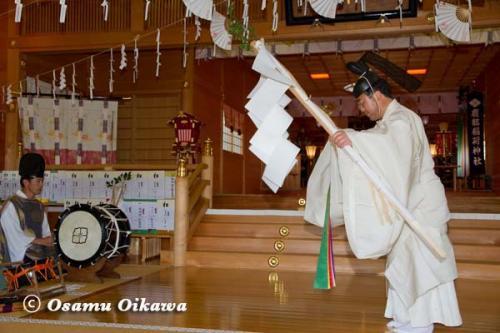 鹿部稲荷神社宵宮祭 2012 松前神楽 榊舞
