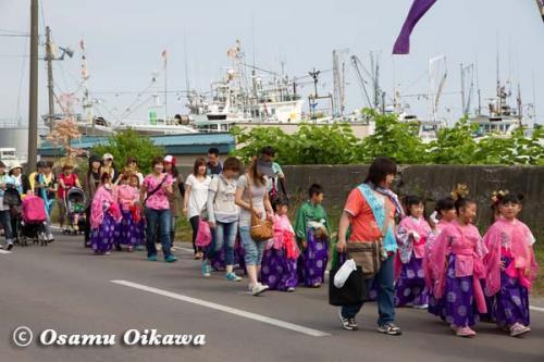 鹿部稲荷神社渡御祭 2012 お稚児行列