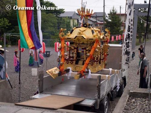鹿部稲荷神社渡御祭 神輿 2012