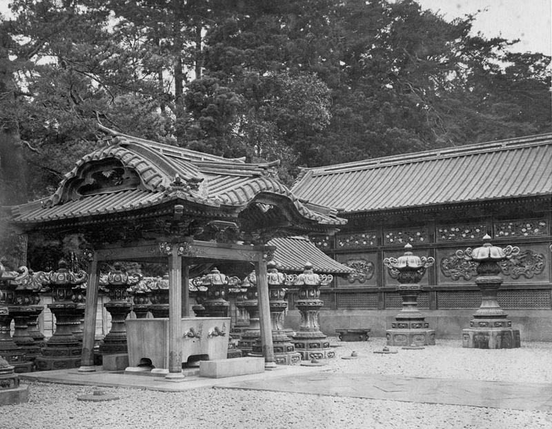 文昭院霊廟水盤舎001