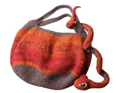 純毛のヘビ皮バッグ