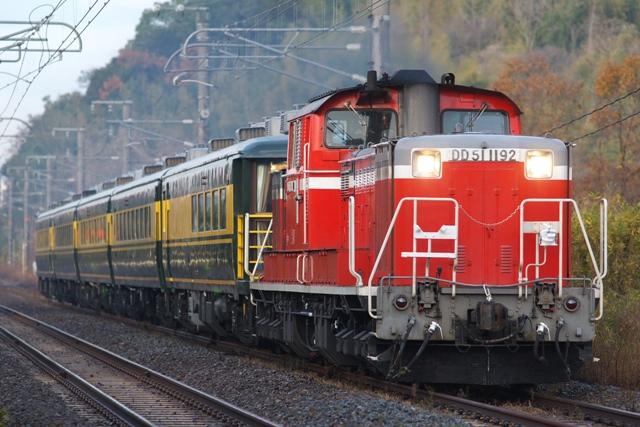 121216-JR-W-DD51-saroncar-naniwa-1.jpg