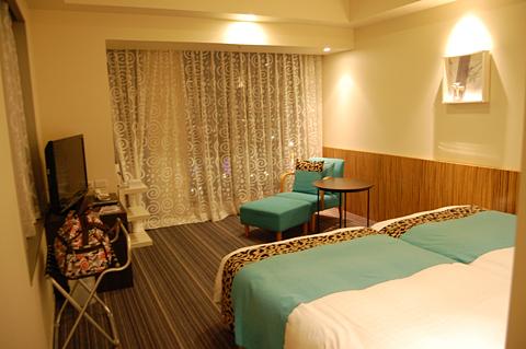1212002_ホテル02