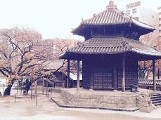 東長寺六角堂。