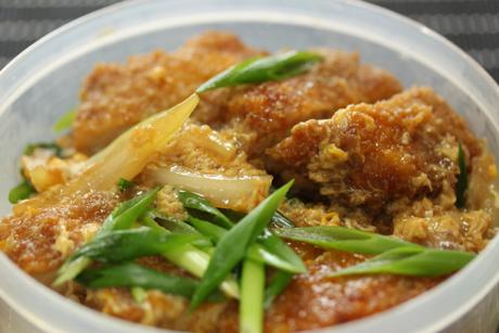 カツ丼弁当3