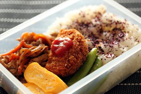 豚生姜焼き弁当3