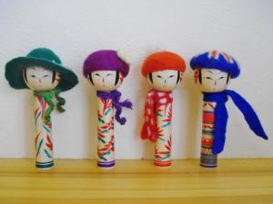 20120724_康広さんのこけしと帽子1