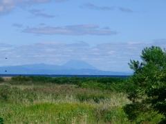 噴火湾ごしに見える羊蹄山