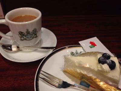 イノダコーヒ レアチーズケーキ+コーヒー