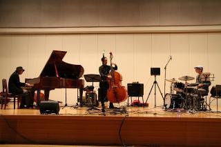 田辺 等 Trio