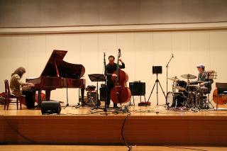 上野哲郎 Trio masumi