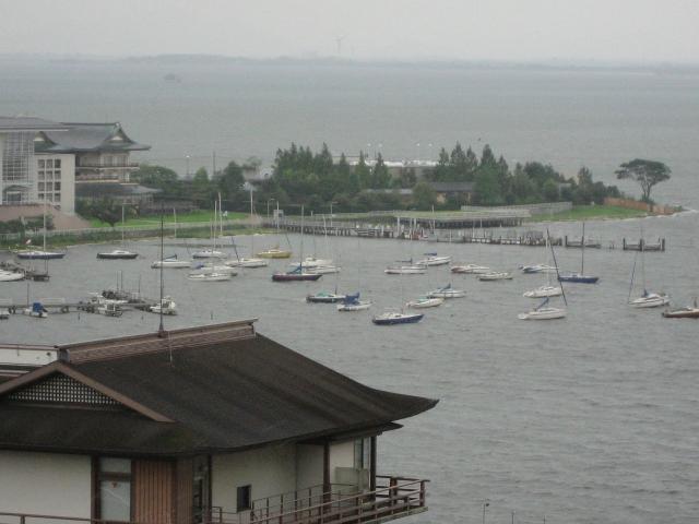 柳ヶ崎ヨットハーバーと琵琶湖