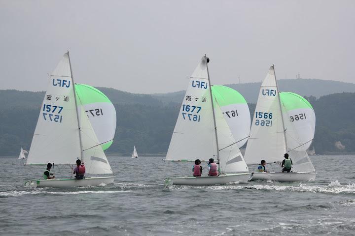 インターハイでの海上練習の霞ヶ浦勢