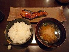東京・大門の海山で羽釜ご飯とおいしいお魚♪