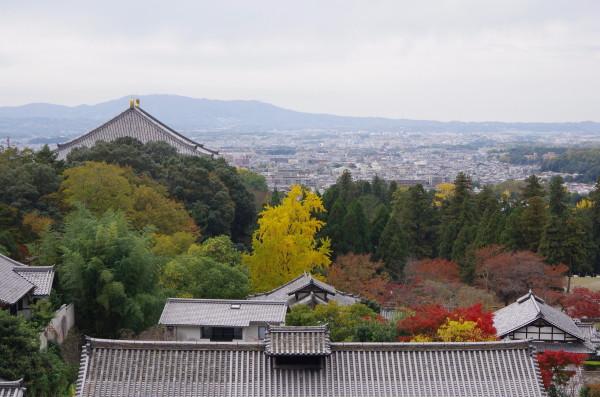 奈良公園 二月堂 紅葉