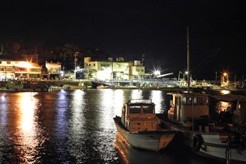 ひっそりの鞆港