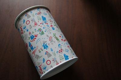 MOOMIN缶